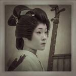 TOKYO GEISHA, MASKS OF SEDUCTION © VANJA KARAS