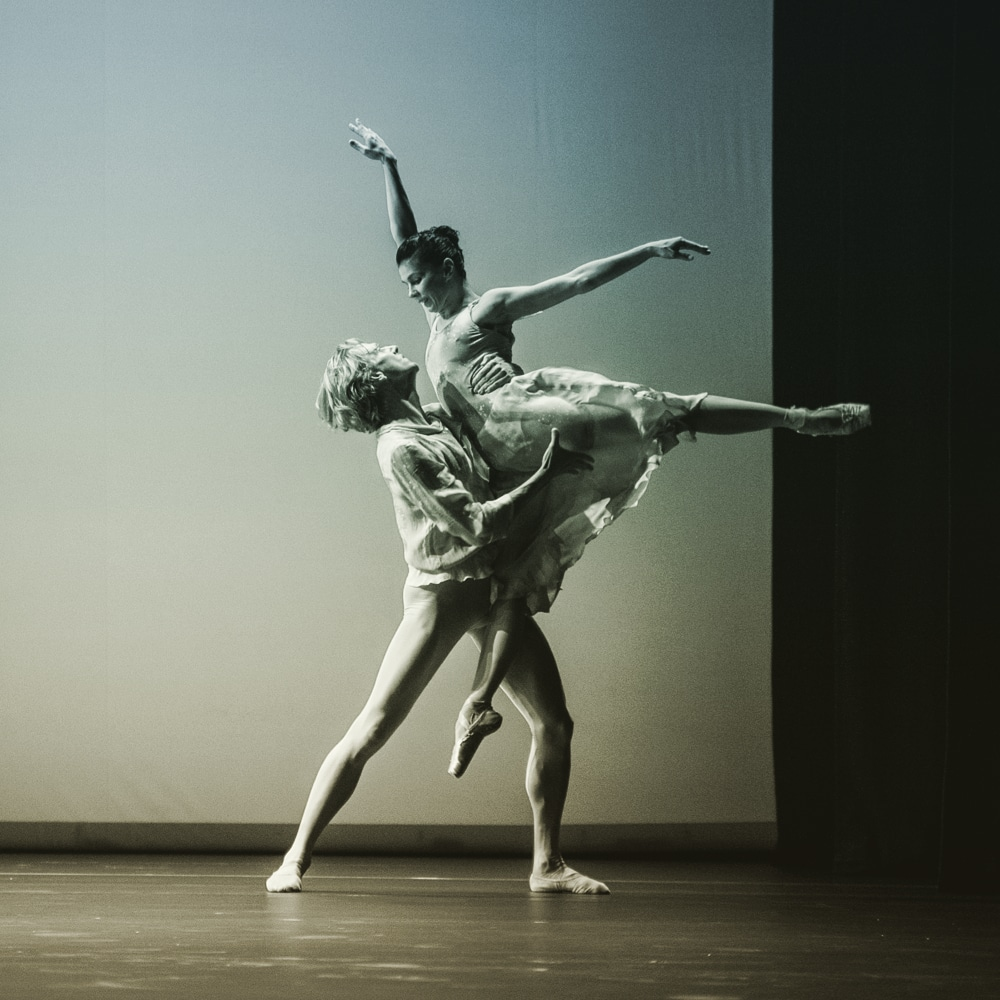 Sadler's Wells Theatre, Pure Dance, with Natalia Osipova and David Hallberg performing The Leaves are Fading. Choreography by Antony Tudor. Photography © Vanja Karas